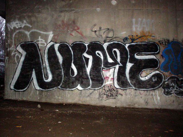 Nume TA Wall Nov 29 2003 1