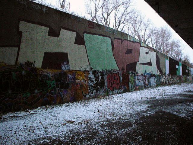 TA Wall Nov 29 2003 1