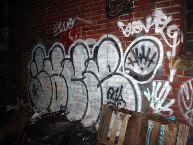 Streets Nov 2003 53