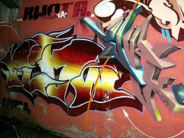 Streets 2004 26